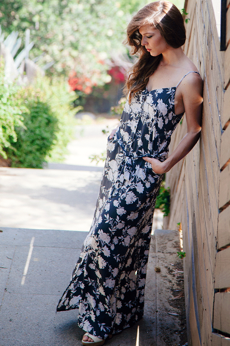 Simple Wanderer Grey Floral Maxi Dress