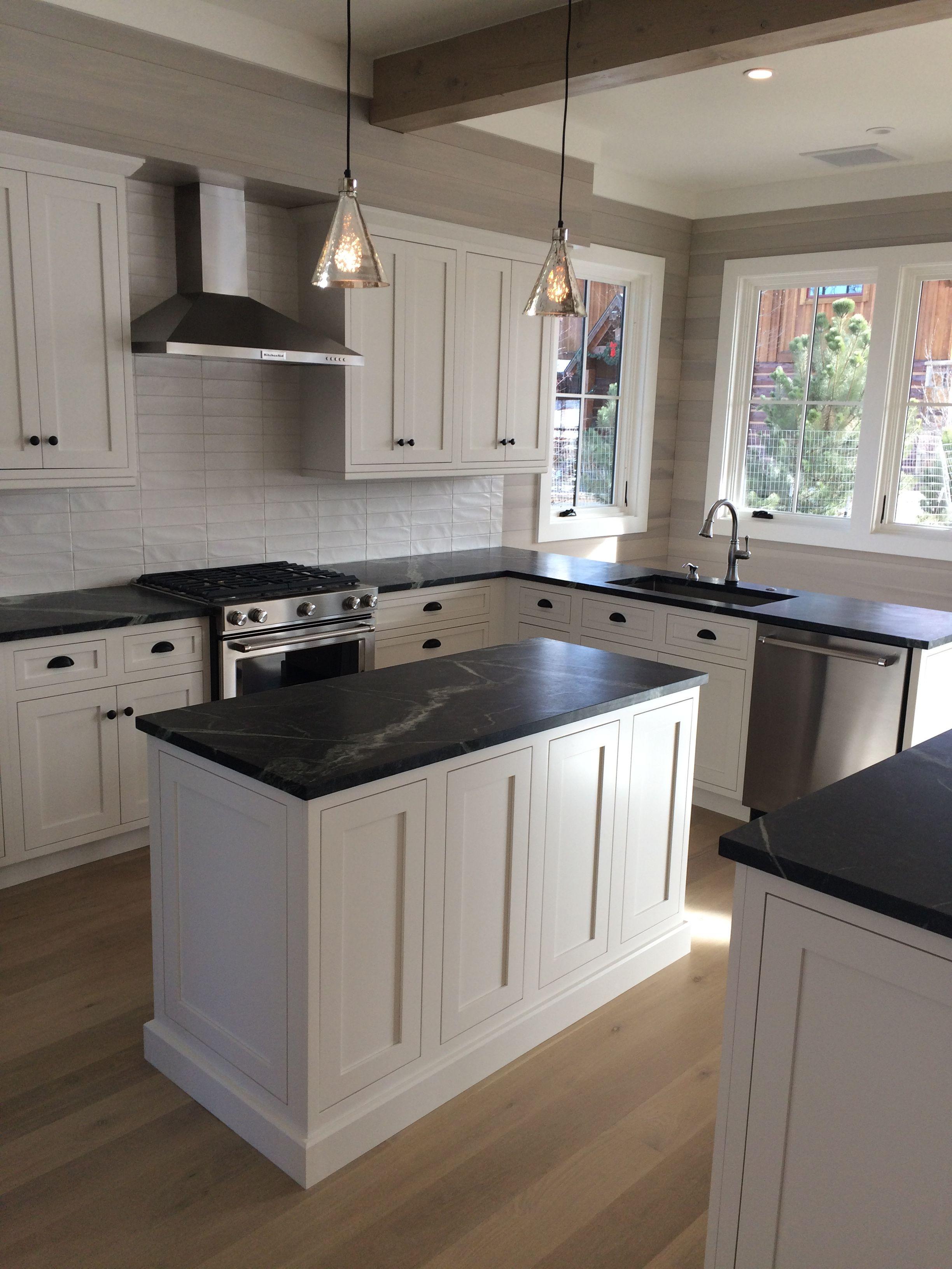 Modern Kitchen Custom home in River Valley Ranch