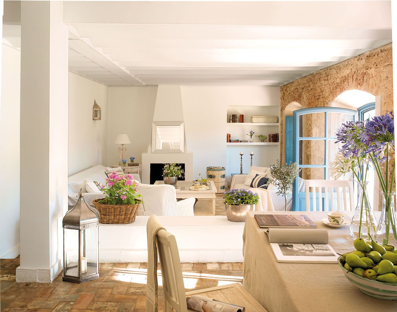 Pin by Labeto Foufri on maisons | Pinterest | Living rooms, Room and ...