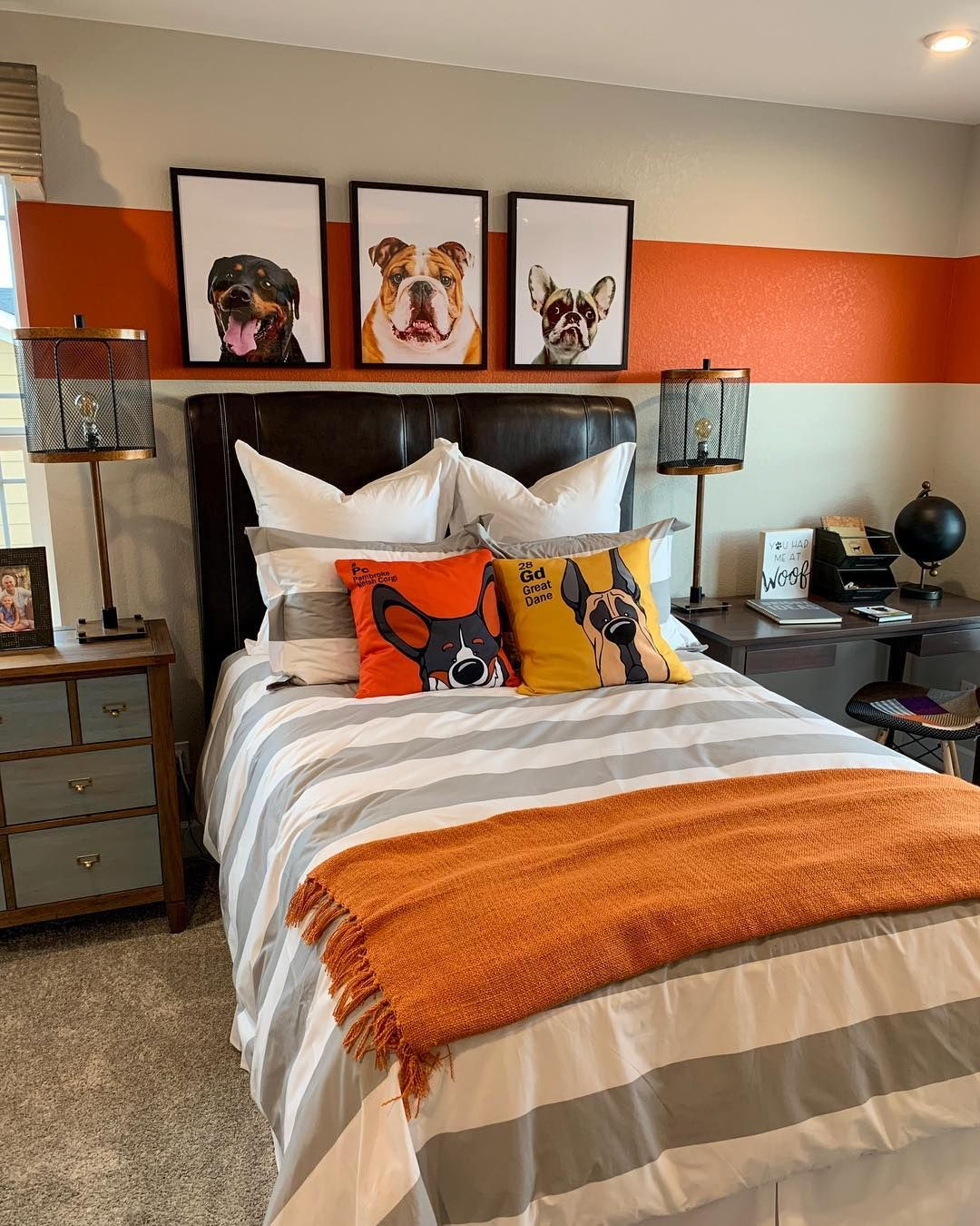 What A Cute Dog Themed Bedroom Bedroom Themes Cat Themed Bedroom Dog Bedroom