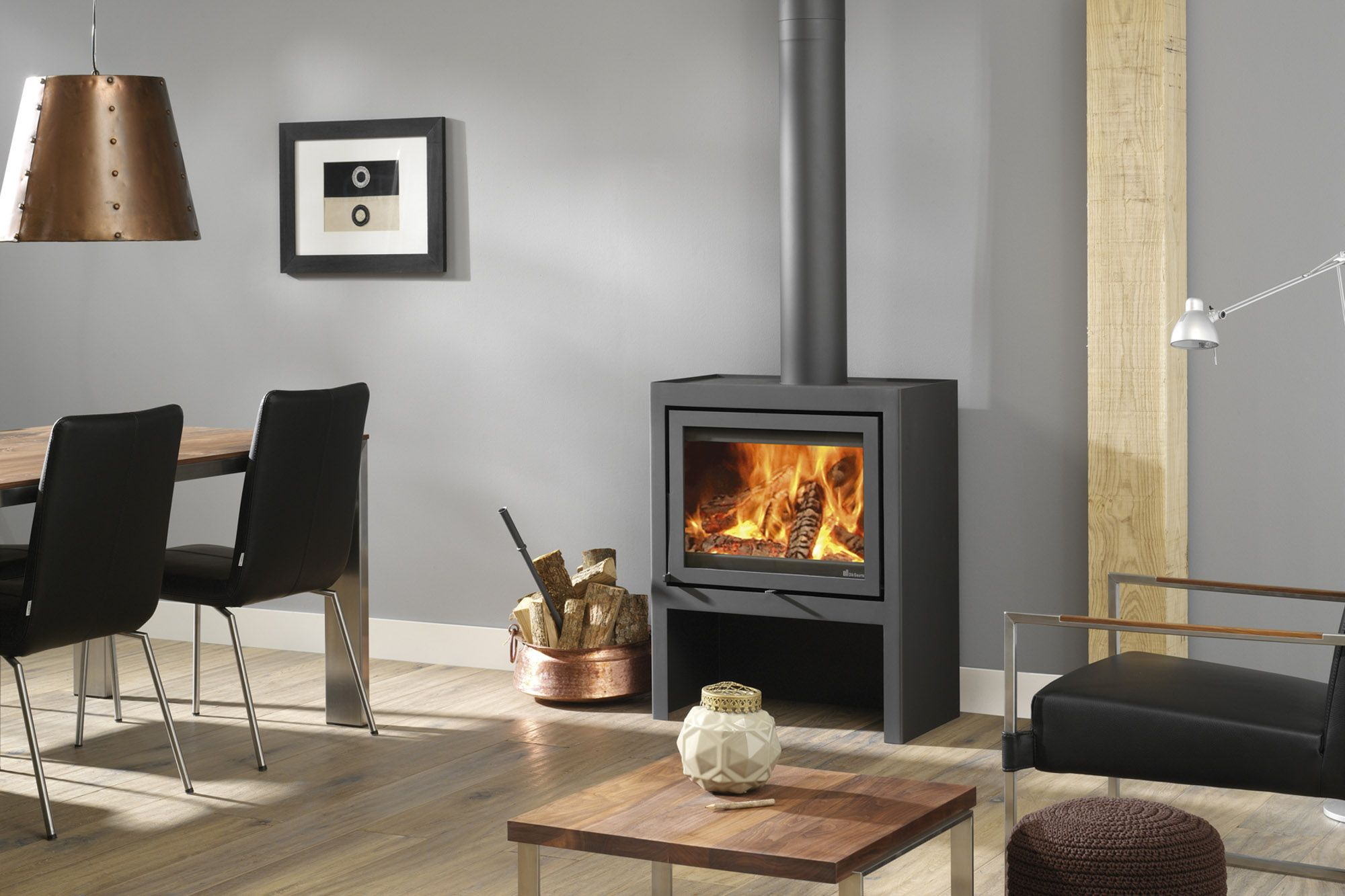 With panoramic view to the fire J¸tul F 520 offers the experience