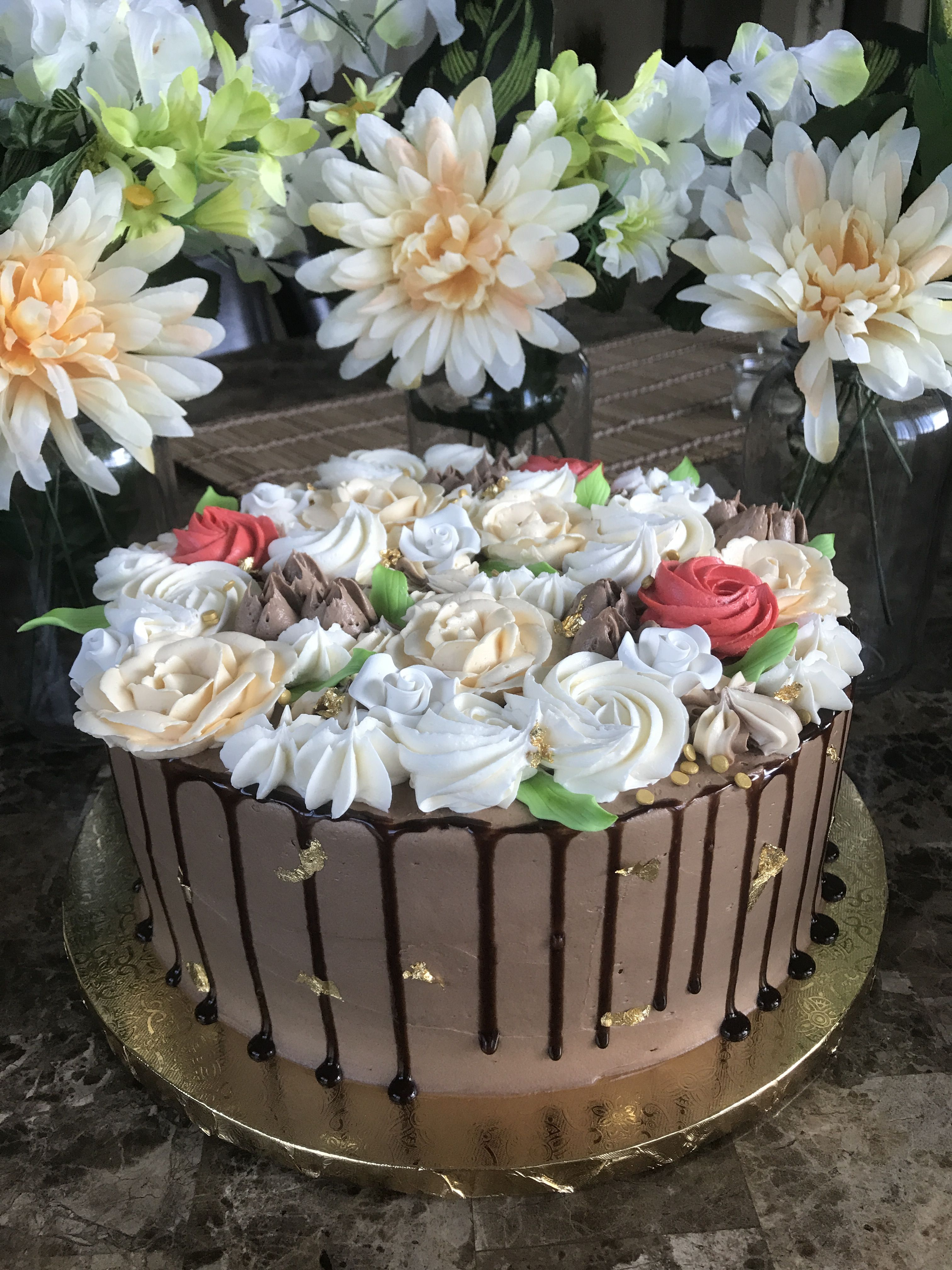 Elegant Floral Cake By Treatme