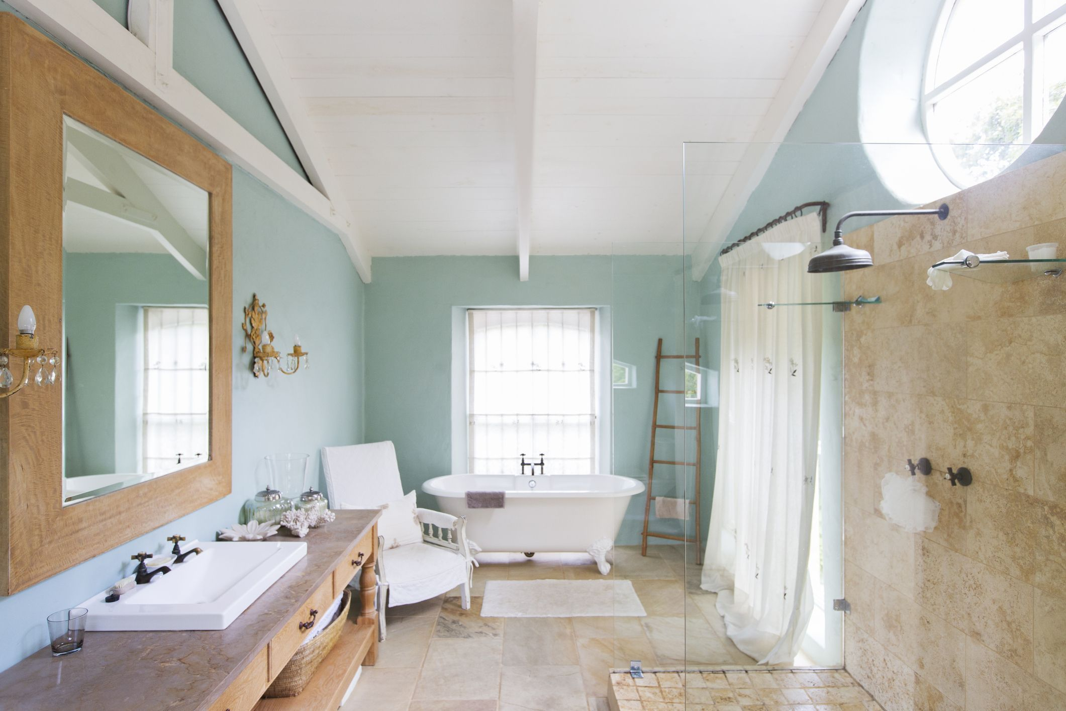 Is Bathroom Paint Worth The Extra Price Small Bathroom Interiors - Do i need special paint for bathroom