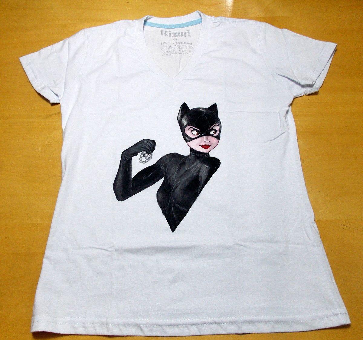 e6db670ddd Camiseta Pintada à Mão Catwoman