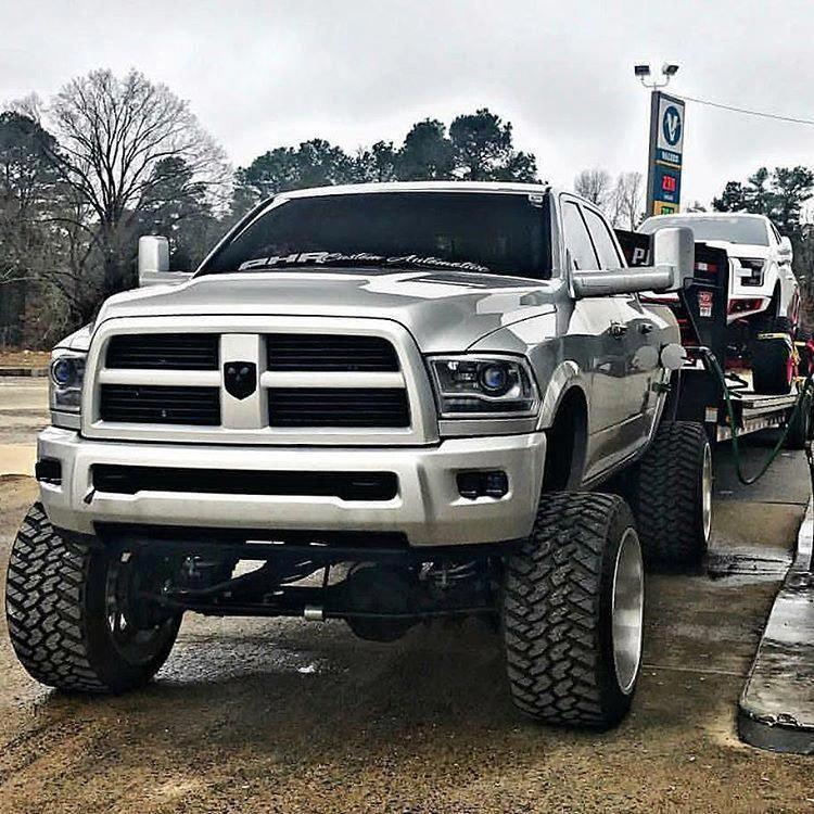 jacked up trucks #Jackeduptrucks | Jacked up trucks ...