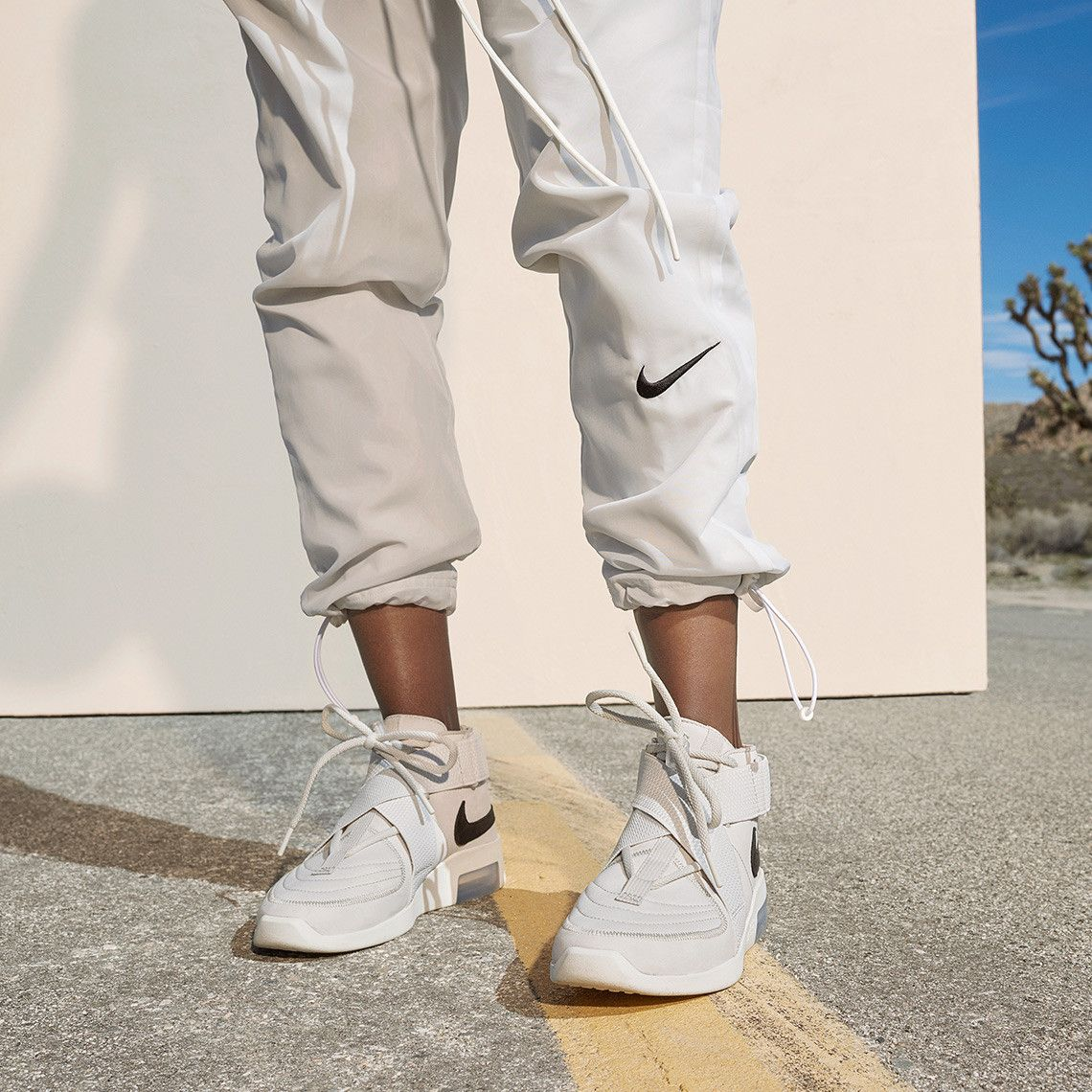 pantalon nike fear of god