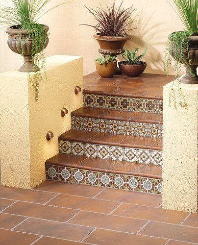 Hacienda Home Decor: Mediterranean Home Hacienda With Court Yards Design