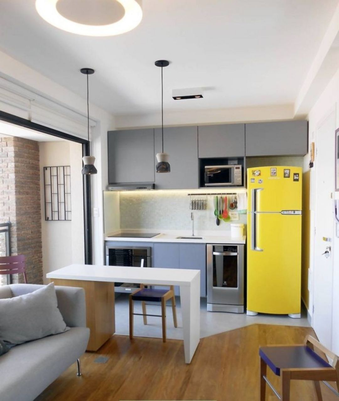 Best 35 Outstanding Small Kitchen Studio Designs For Comfort 400 x 300