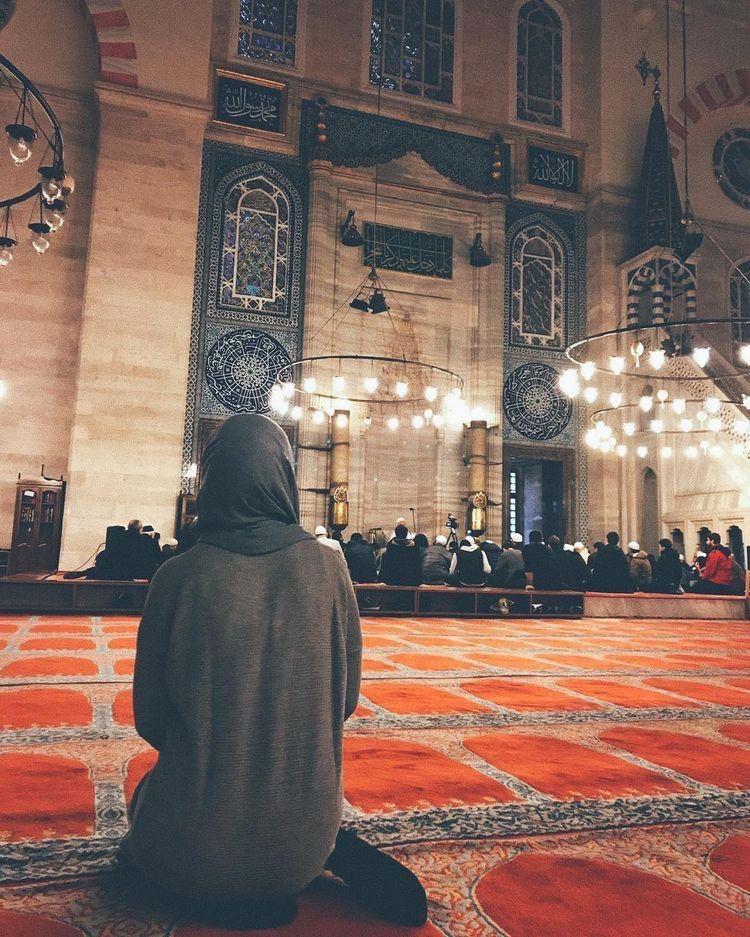 Pin By Asherdrive 7 On Kuran Namaz Dua Muslim Pictures Muslim Photos Mosque Art