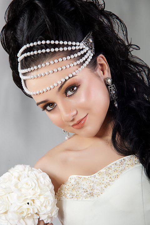 Admirable Gorgeous Arabian Makeup Hairstyles 2012 6 480720 Natural Short Hairstyles Gunalazisus