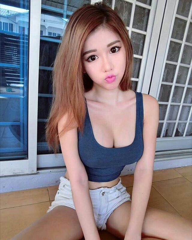 Erotica video woman