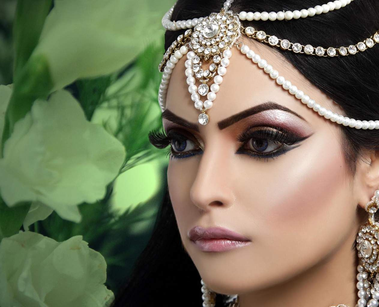 Sukhi sanghera1g obrazek jpeg 12631024 pikseli bridal arabic bridal party wear makeup tutorial trends contains middle east egyptian turkish eye complete face makeup ideas stunning looks baditri Choice Image
