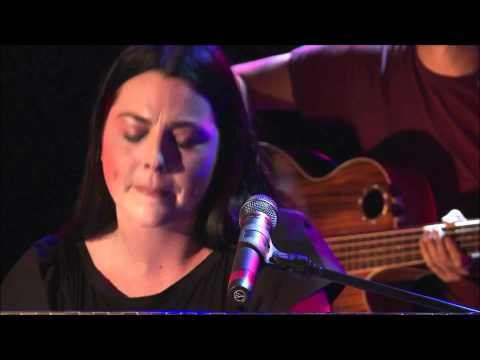 Evanescence - Bring Me to Life (Acoustic Session)