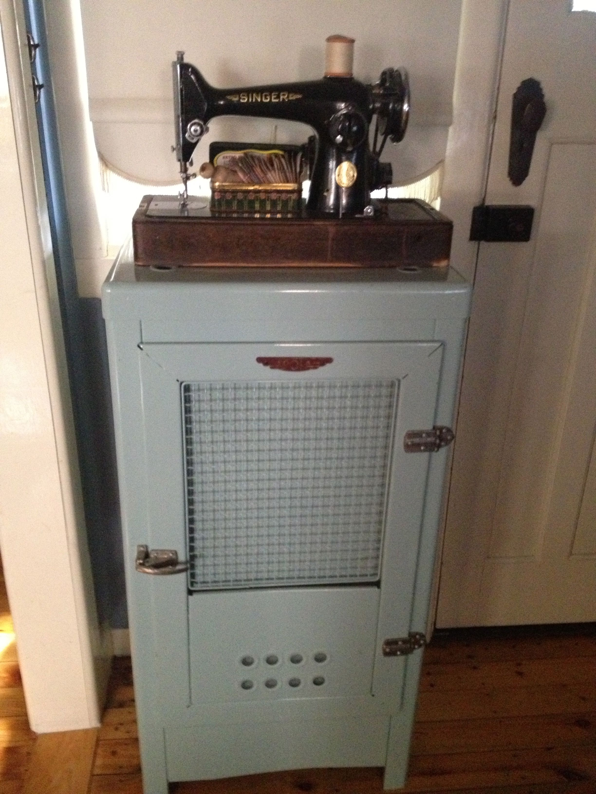 Fantastic Classic 1940S Old Style Fridge Decorated With An Old Machost Co Dining Chair Design Ideas Machostcouk