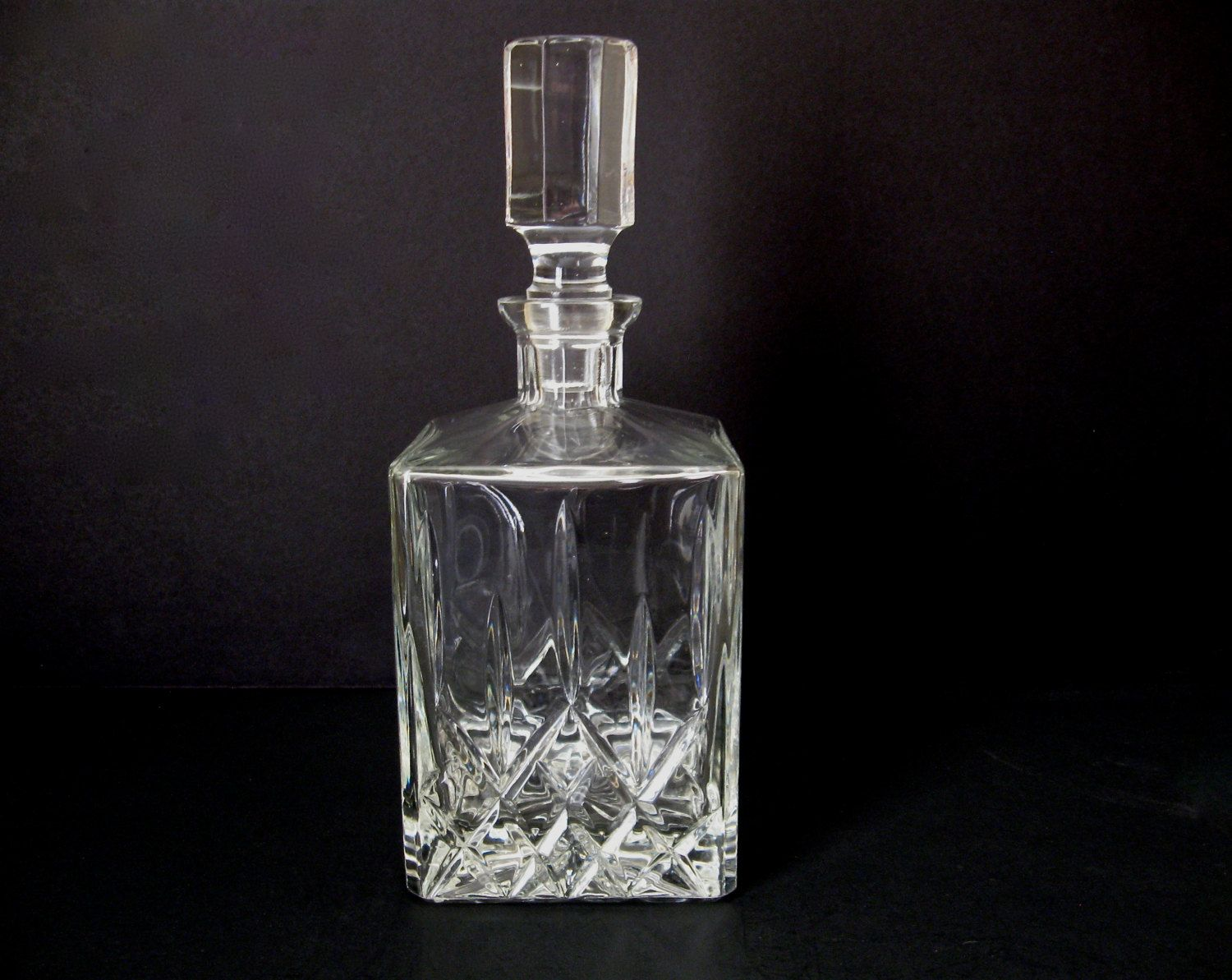 Vintage Toscany, Yugoslavia, Crystal Wine/Liquor Decanter / Over 24% Lead  Crystal Barware / Scotch Bourbon Whiskey Decanter