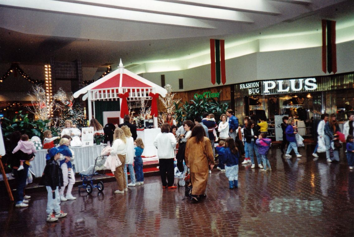 In his third major effort, North Utica native Howard Bushinger has taken memories of Oneida County's first indoor mall and turned them into a page, photo-packed calendar.