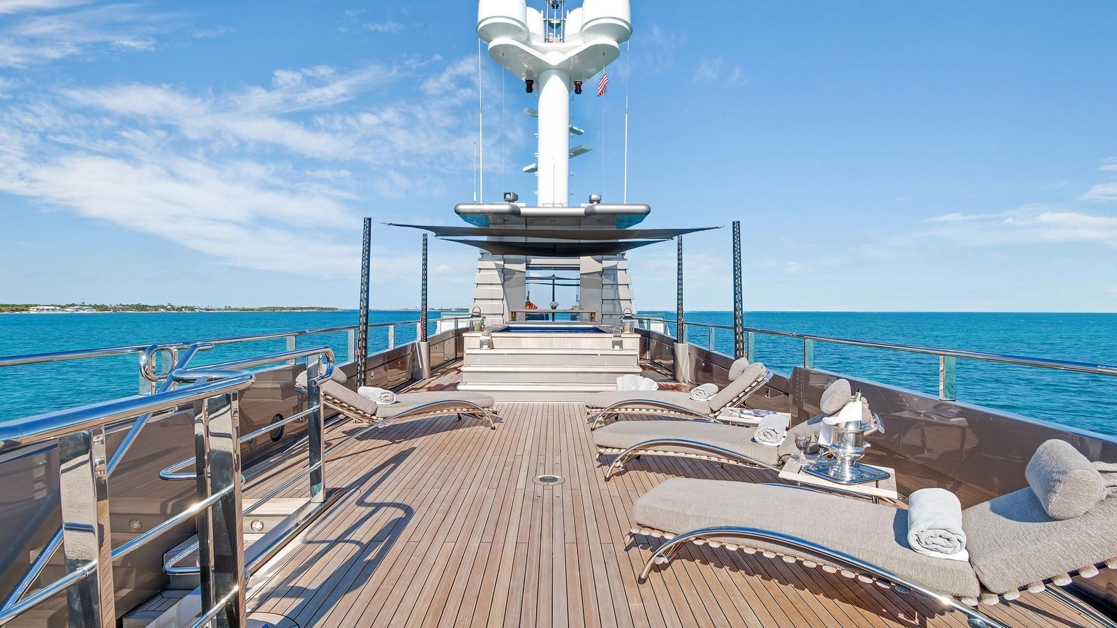 Jacuzzi Deck Jacuzziforsale Luxury Yachts For Sale Jacuzzi Yacht For Sale