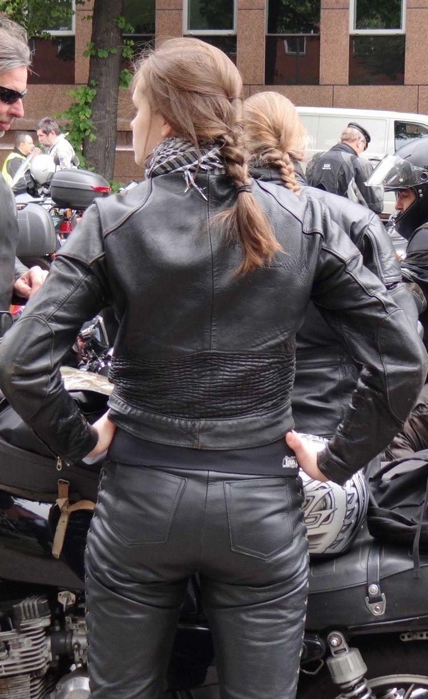 Pin Auf Leatherclad Biker Chix-3778