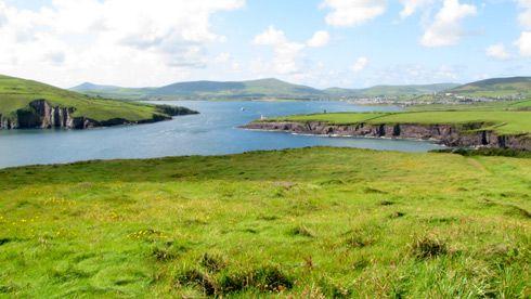 Irlanda colhe frutos do uso de energia renovável! http://www.siemens.com.br/desenvolvimento-sustentado-em-megacidades/energia-para-megacidades.html