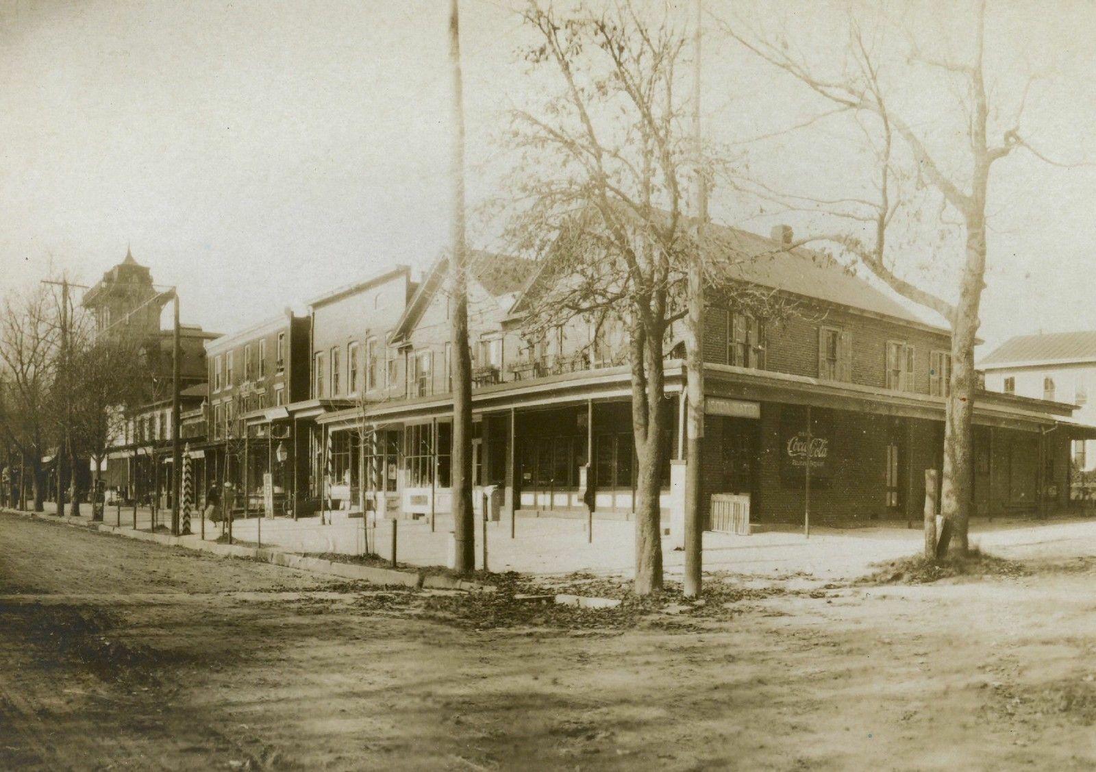Turn of 19th century Vineland, NJ 7th and Landis Ave