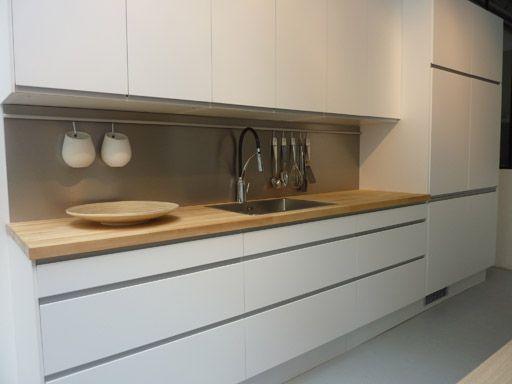Cuisine Ikea Arsta Blanche Et Bois Sans Poignes  Ides Pour La