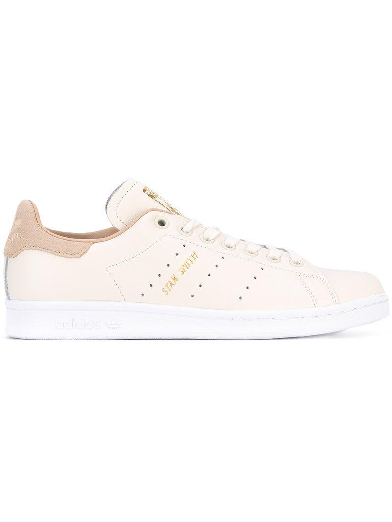 ef650a8d3c4 ¡Consigue este tipo de deportivas de Adidas ahora! Haz clic para ver los  detalles. Envíos gratis a toda España. Adidas - Stan Smith Sneakers - Women  ...