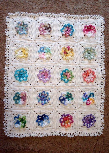 Flower blanket | Handarbete Baby Blankett | Pinterest | Babydecken ...