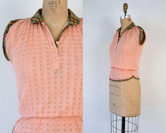 VINTAGE 1970s pointelle peach ruffle blouse | retro contrast plaid cotton top | Size small