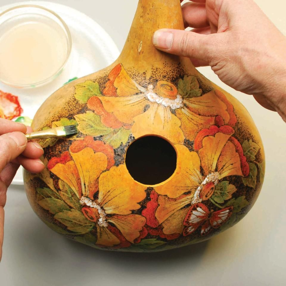 Bird In Hand Woking >> Beautiful gourd art. | Woking with hands | Gourds birdhouse, Hand painted gourds, Painted gourds