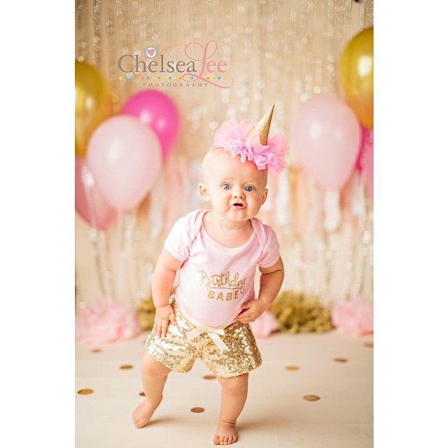 Little birthday babe! I love cake smash sessions!! #chelsealeephotography #canon #cakesmash #childrenphotography #childrensphotographer #baby #birthday #babyphotography #babyphotographer #austinbabyphotography #austinbabyphotographer #austintx #austinphotography #austinphotographer #firstbirthday #lockharttx #