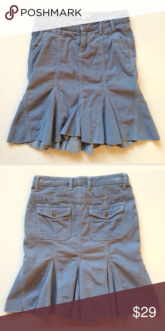 Joie Corduroy Skirt Joie corduroy skirt, size 0. In fine-wale vintage-blue corduroy, the godets and close-fitted shape add up to a casual and flirty attitude but still ladylike. Great condition! 100% cotton. Made in USA. Machine wash Joie Skirts