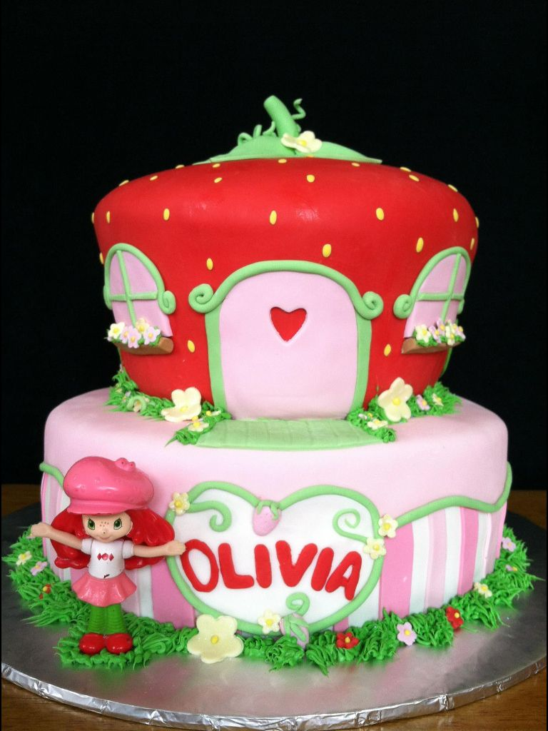 Miraculous Strawberry Shortcake Cake With Images Strawberry Shortcake Funny Birthday Cards Online Alyptdamsfinfo