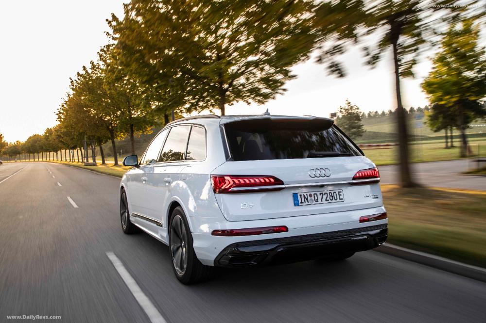 2020 Audi Q7 Tfsi E Quattro Dailyrevs Com Audi Q7 Audi Range Rover Supercharged
