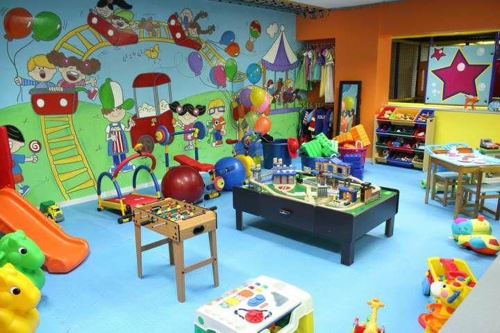 salones de fiestas infantiles modernos para juegos divertidos