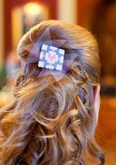 Portal Companion Cube: wedding hair accessory in Hama perler beads.
