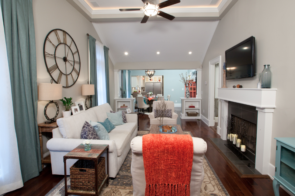 Living Room   Haus, Property brothers designs, Familienzimmer
