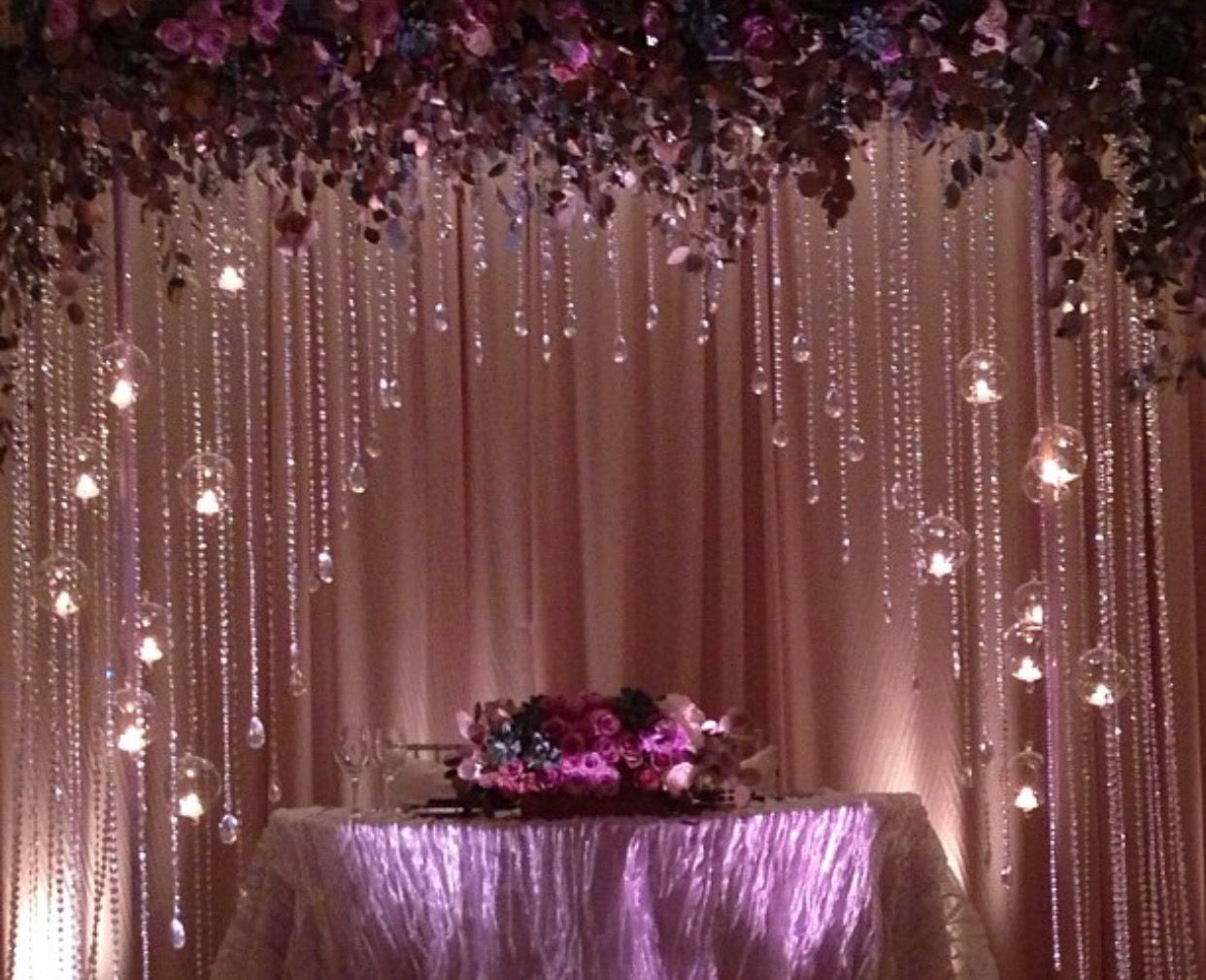 Create this look with pretty simplified design co www for Backdrops wedding decoration
