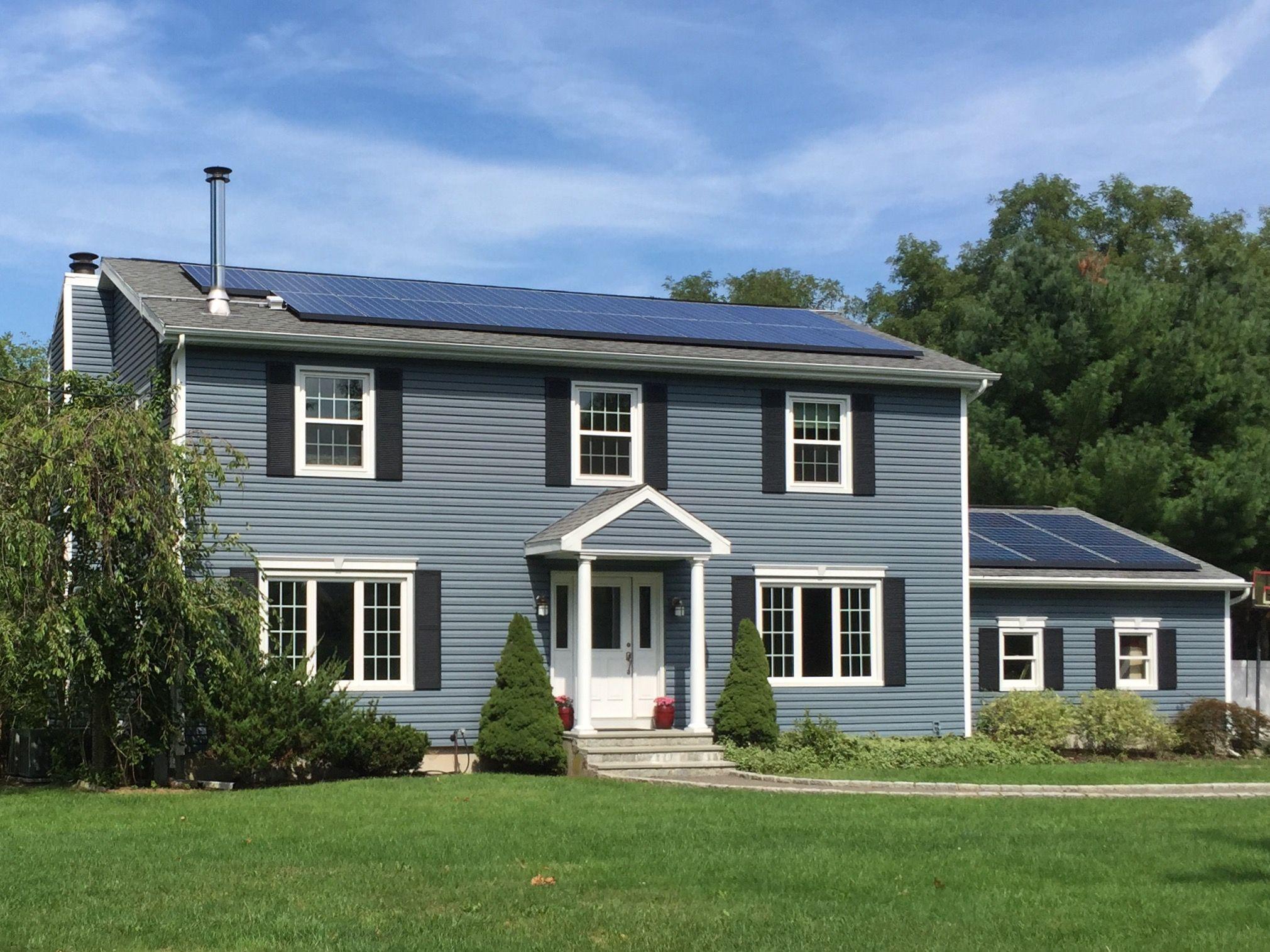 Harbor blue siding house pinterest blue siding for Blue siding house