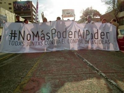 #NoMásPoderAlPoder se manifiesta en las calles contra Ley de Telecomunicaciones