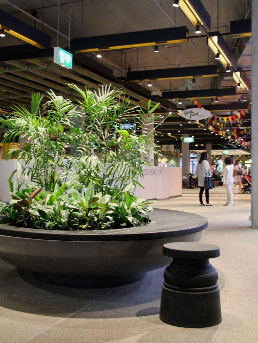 Westfield Garden City custom seat planter in 2019 Indoor