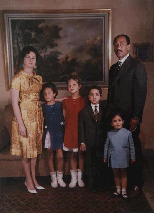 President Sadat Family Modern Egypt Egyptian Women Egypt Civilization