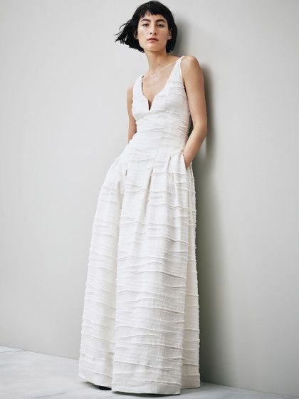 Dieses Hochzeitskleid aus der H&M Conscious Exclusive Collection kostet 200 Euro.
