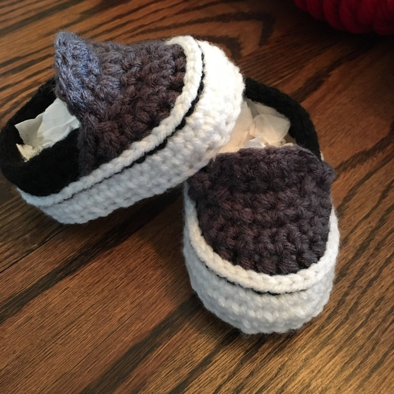 2f80ac0a3255 Need a Baby shower gift  How about these cute crochet baby Vans ...