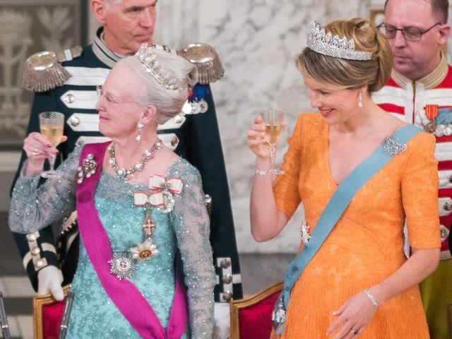 Margarita de Dinamarca y Matilde de Bélgica.