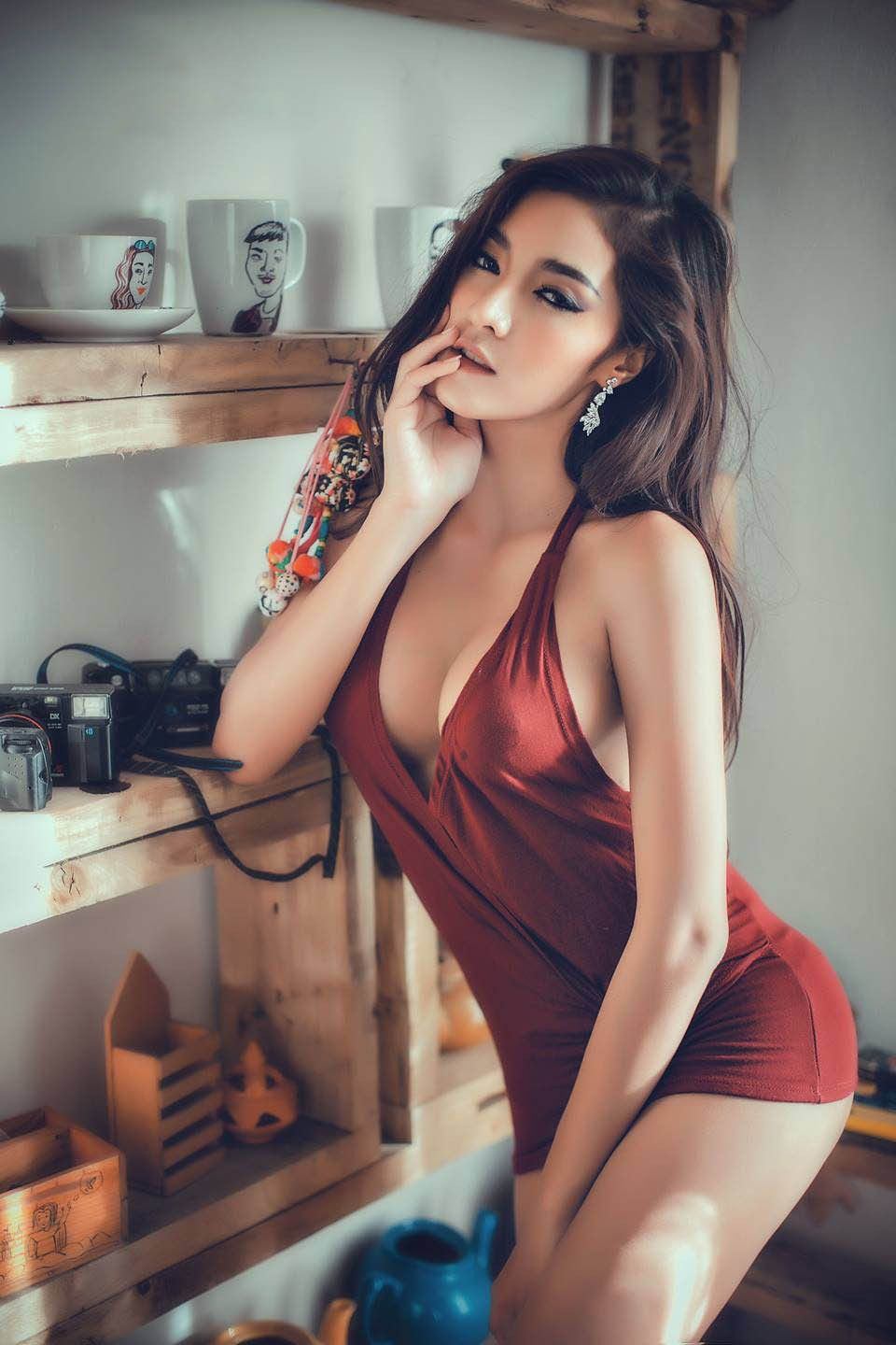 Asian hot picture woman