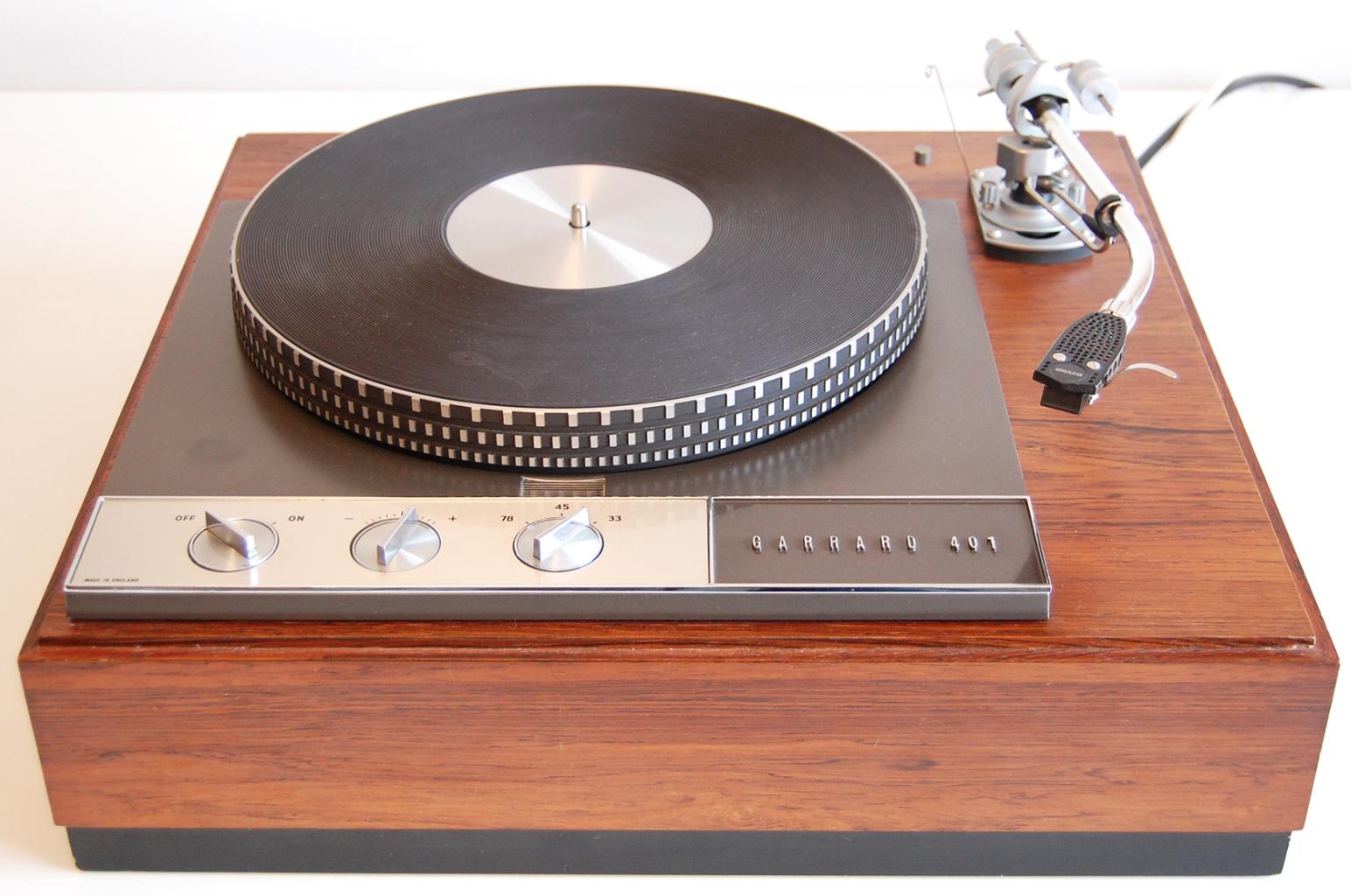 GARRARD & LORICRAFT ACQUIRED BY SME | Old Hi-Fi | Garrard turntable