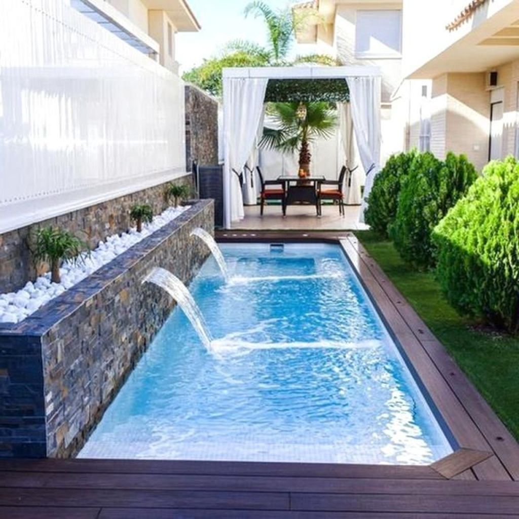 48 Best Small Swimming Pools Ideas For Small Backyards Small Backyard Design Small Pool Design Swimming Pools Backyard