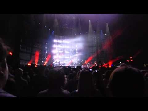 "Kelly Clarkson ""Take You High"" and"" Behind These Hazel Eyes"" Live Hershe..."
