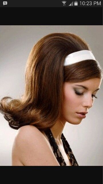 70S Hairstyles Beauteous Pinmaria Aparecida On Penteados  Pinterest  Motown