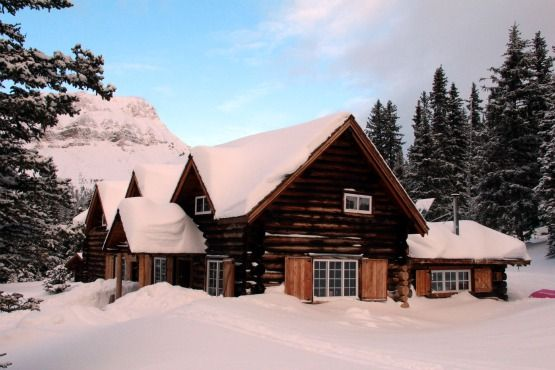 a winter visit to skoki lodge in banff national park i want to go rh pinterest com